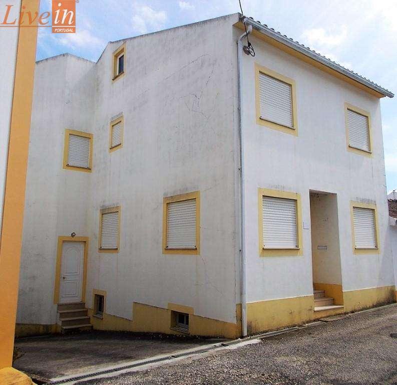 Moradia para comprar, Torres Vedras (São Pedro, Santiago, Santa Maria do Castelo e São Miguel) e Matacães, Lisboa - Foto 1