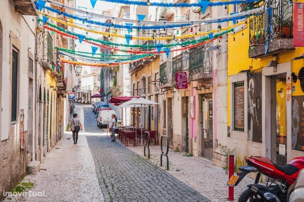 T2 no Coração de Lisboa - Bairro Alto com logradouro