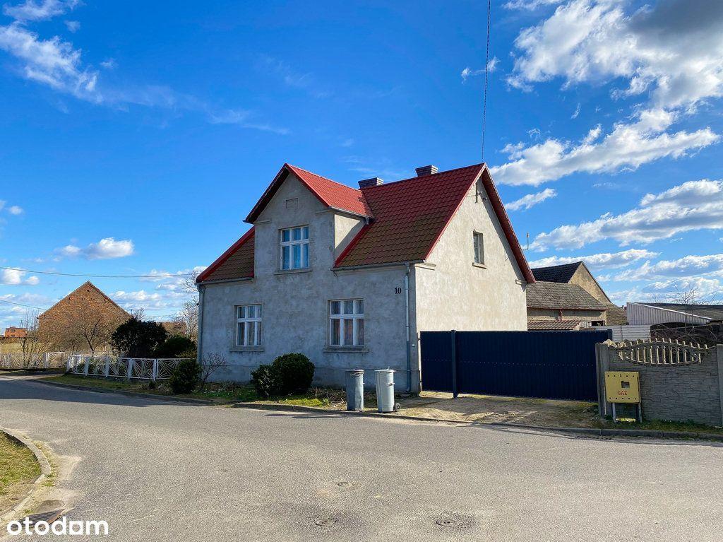 Dom na wsi pod Grodziskiem Wielkopolskim