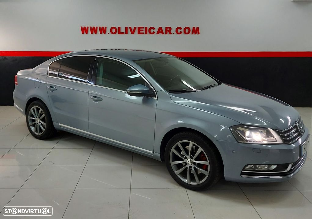 VW Passat 2.0 TDi Bluemotion - 1
