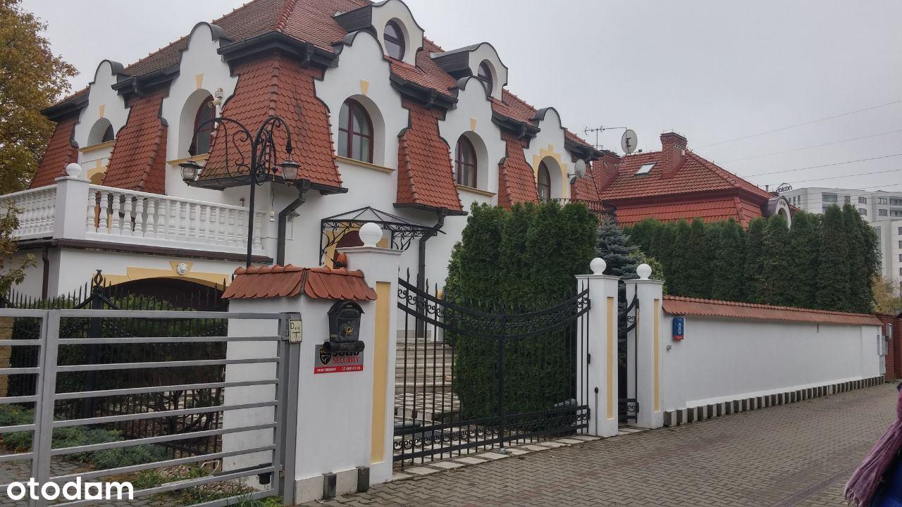 Dom wolnostojący, Warszawa Ochota, Bielska 8