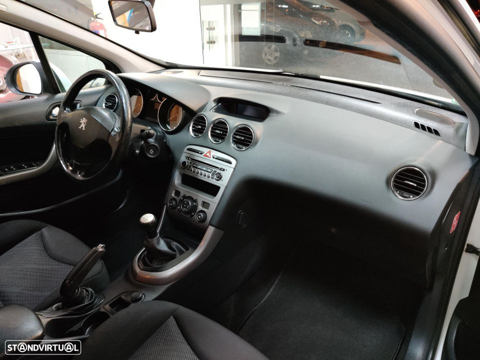 Peugeot 308 SW 1.6 HDi Active - 38