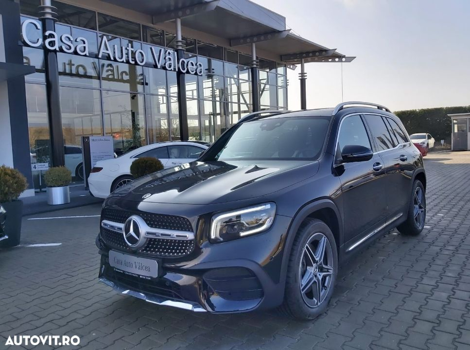 Mercedes-Benz GLB - 1