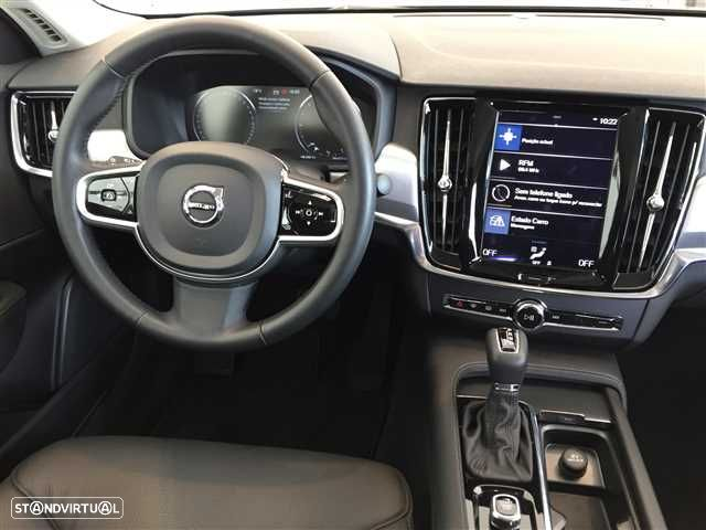 Volvo S90 2.0 D4 Momentum Geartronic - 7