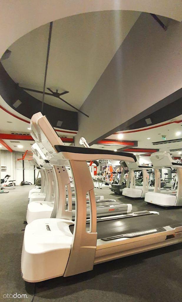 Siłownia i klub fitness w centrum handlowym!