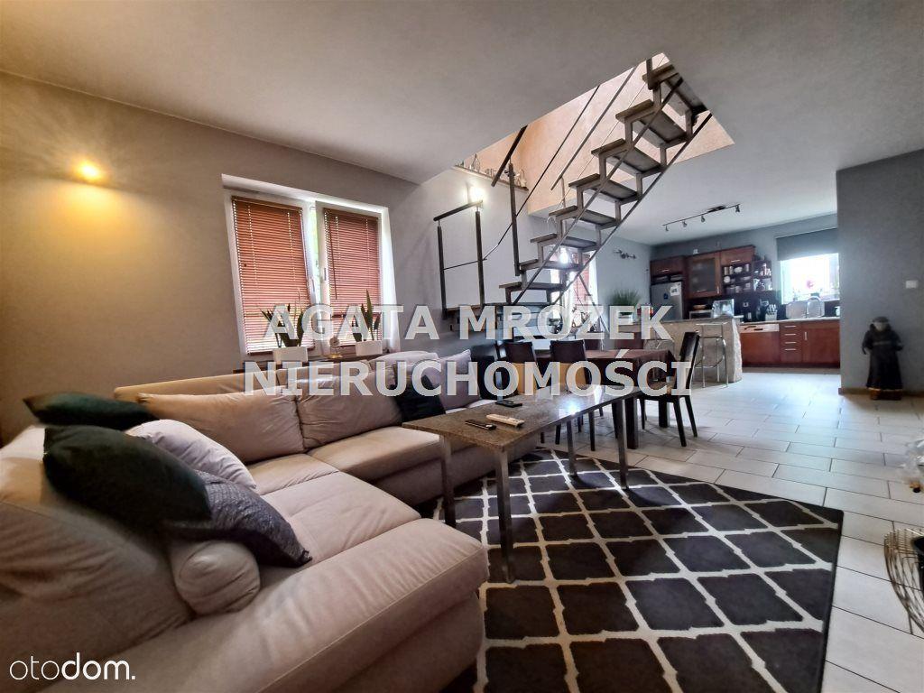 Dom, 140 m², Siechnice