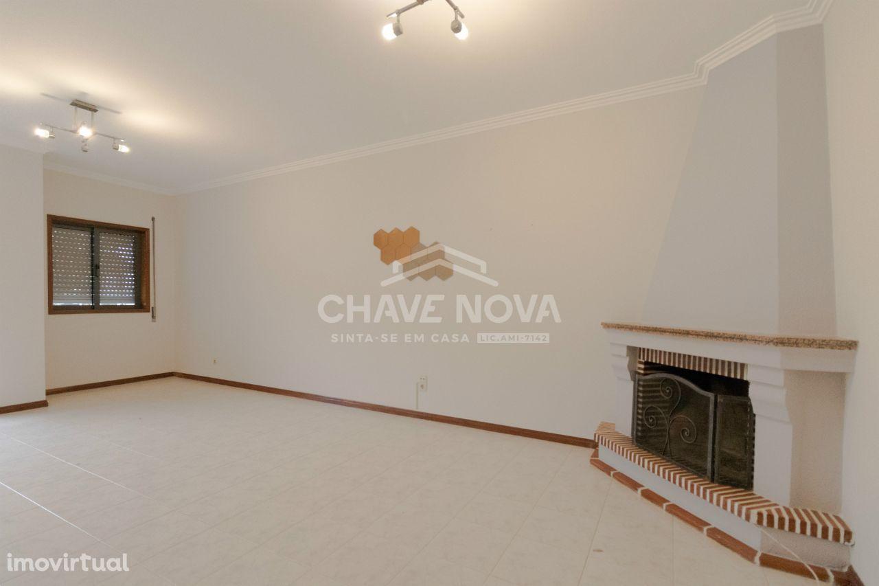 Apartamento T-3 no Cavaco - Santa Maria da Feira