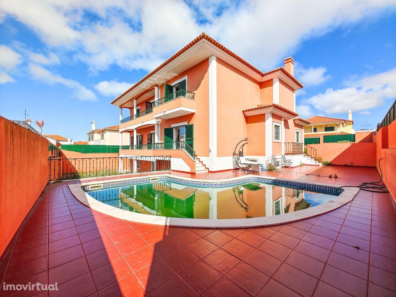 Moradia T5 Independente c/ piscina, Birre