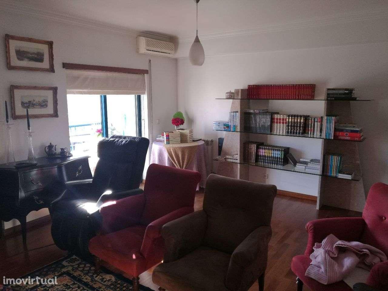 Apartamento para comprar, Rua Miguel Torga, Santo António dos Olivais - Foto 4
