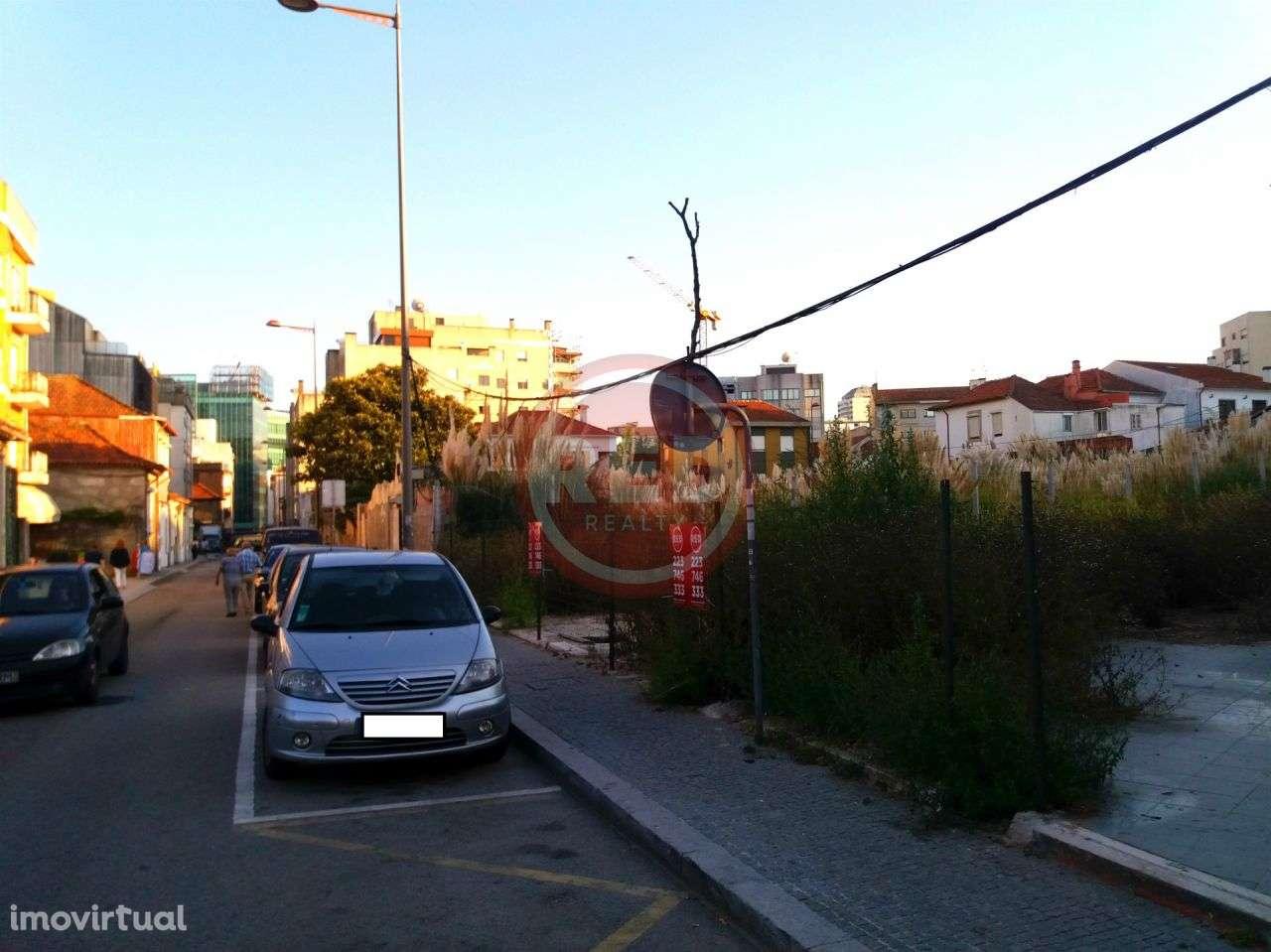 Terreno para comprar, Mafamude e Vilar do Paraíso, Vila Nova de Gaia, Porto - Foto 8