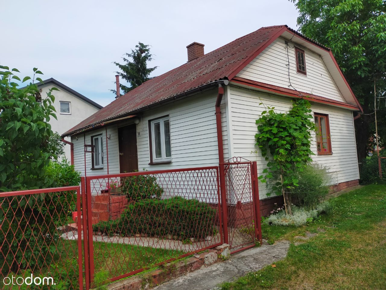 Dom z dużą działką