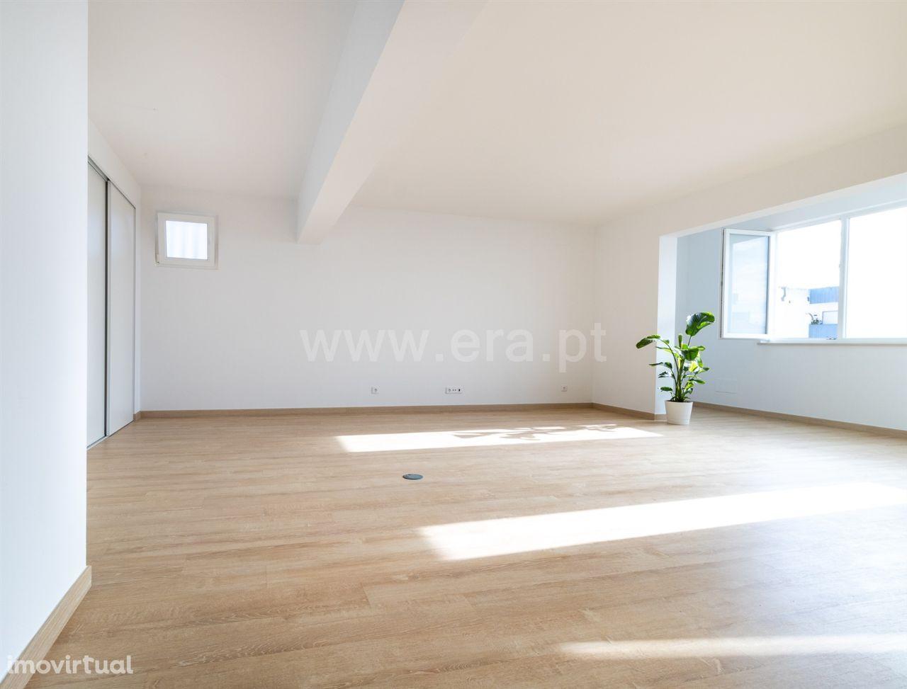 Apartamento T3 quartos /usado/venda