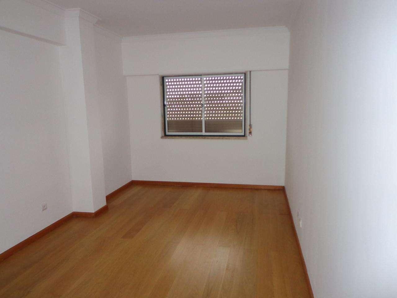 Apartamento para comprar, Cacém e São Marcos, Lisboa - Foto 9