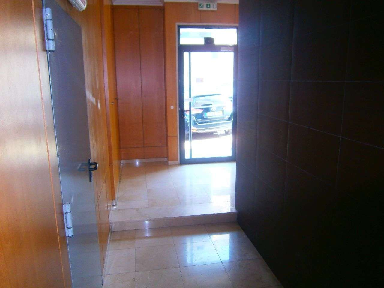Apartamento para arrendar, Rua Sebastião e Silva, Santo António dos Cavaleiros e Frielas - Foto 14