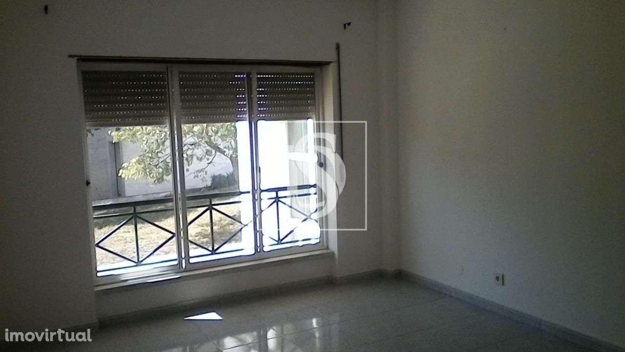 Apartamento para comprar, Charneca de Caparica e Sobreda, Almada, Setúbal - Foto 1