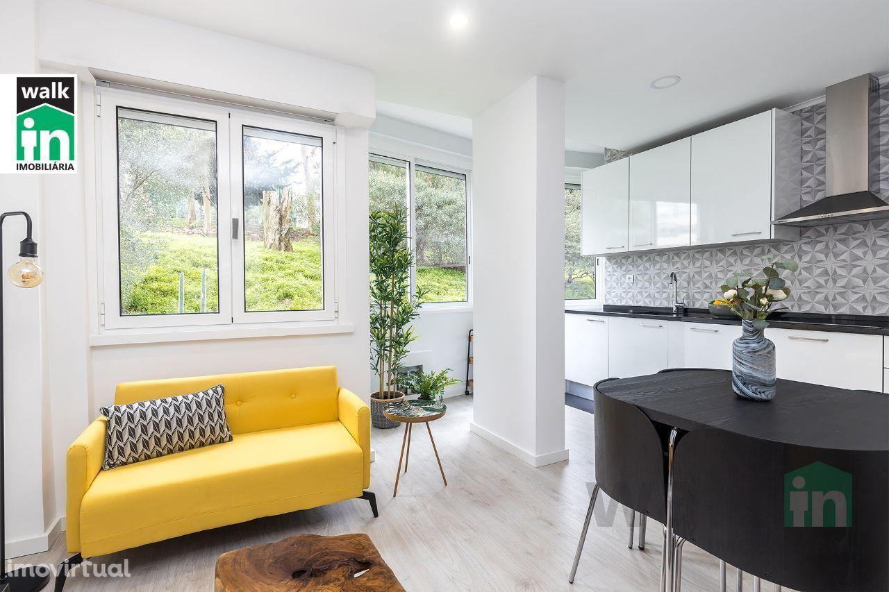 Apartamento T2 Remodelado em Benfica