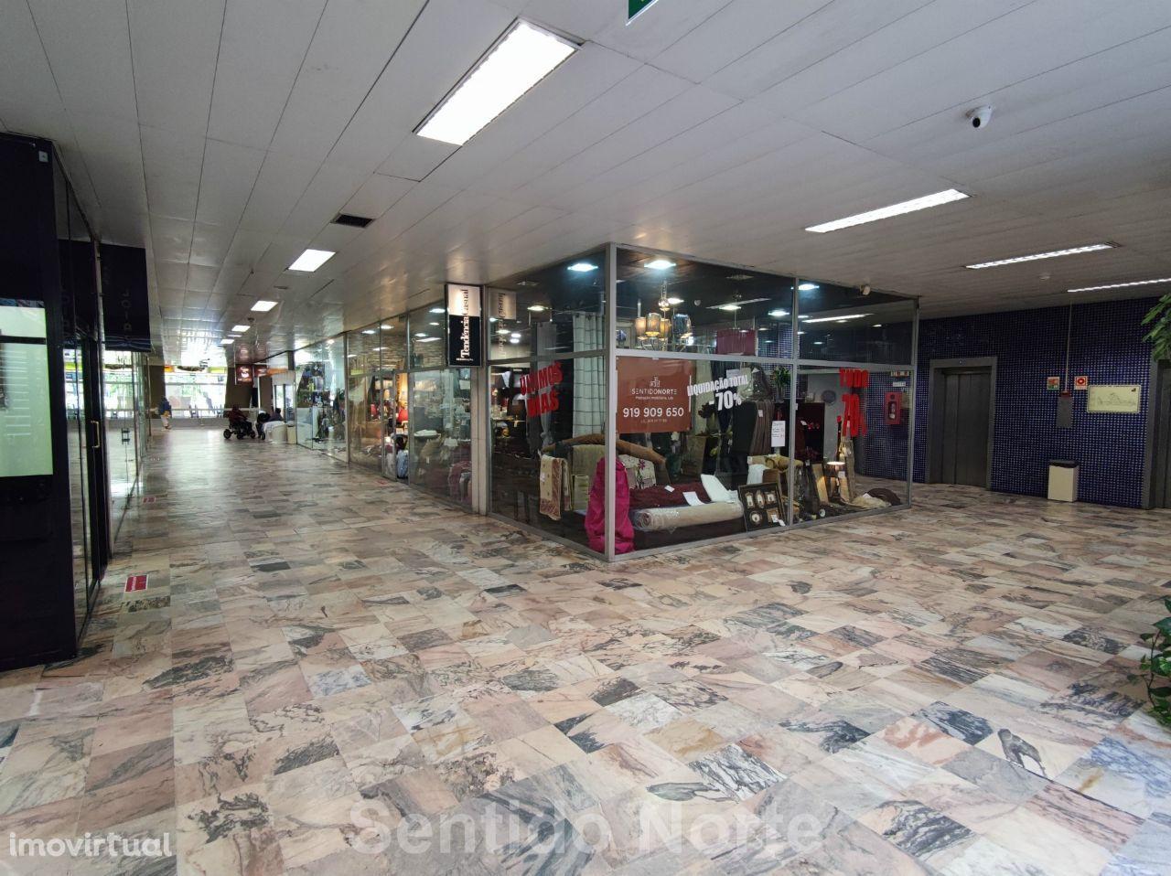 Loja no Centro Comercial Brasília