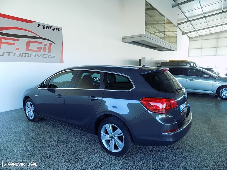 Opel Astra Sports Tourer 1.3 CDTI ENJOY (5P) - 8