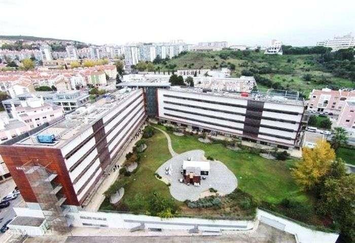 Prédio para comprar, Carnaxide e Queijas, Lisboa - Foto 1