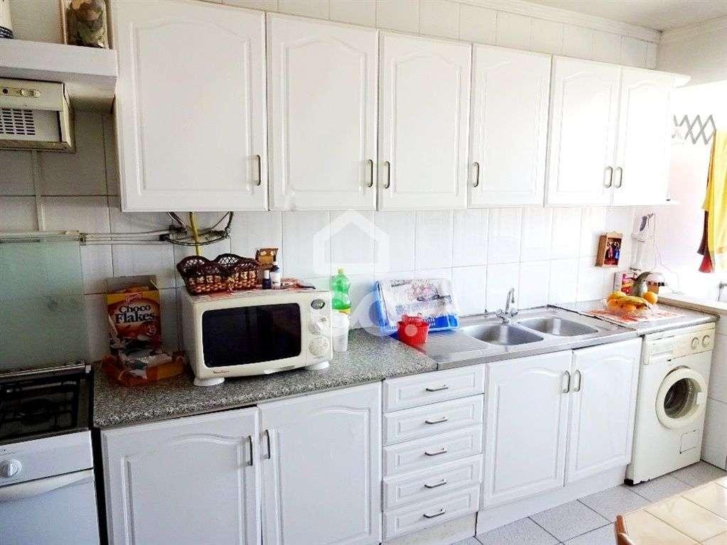 Apartamento para arrendar, Nelas - Foto 1