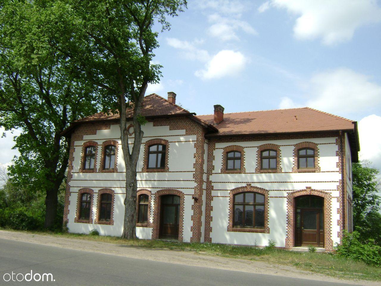 Dawny hotel-ok.360 m2,k. Pleszewa-Wielk.-dz.1,6 ha