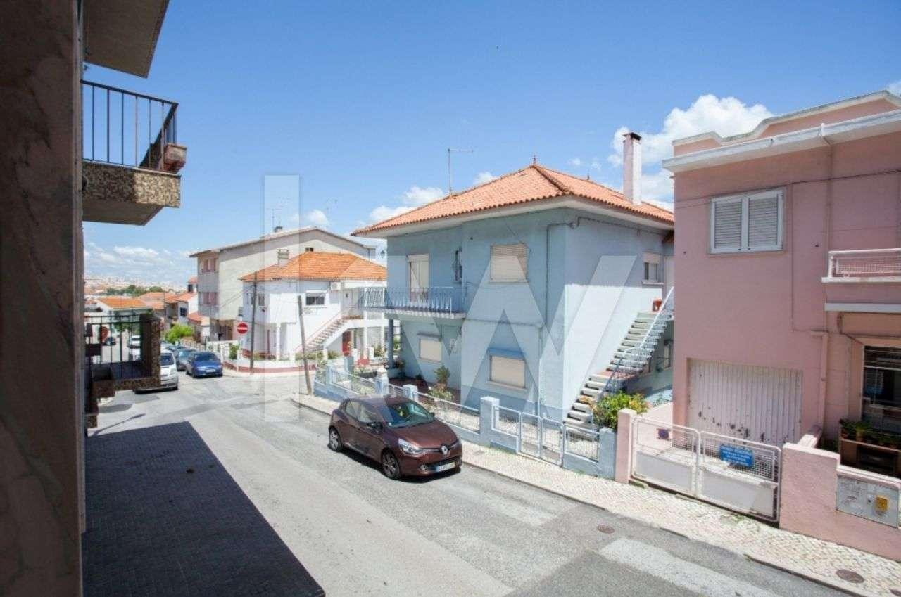 Prédio para comprar, Santa Iria de Azoia, São João da Talha e Bobadela, Lisboa - Foto 27