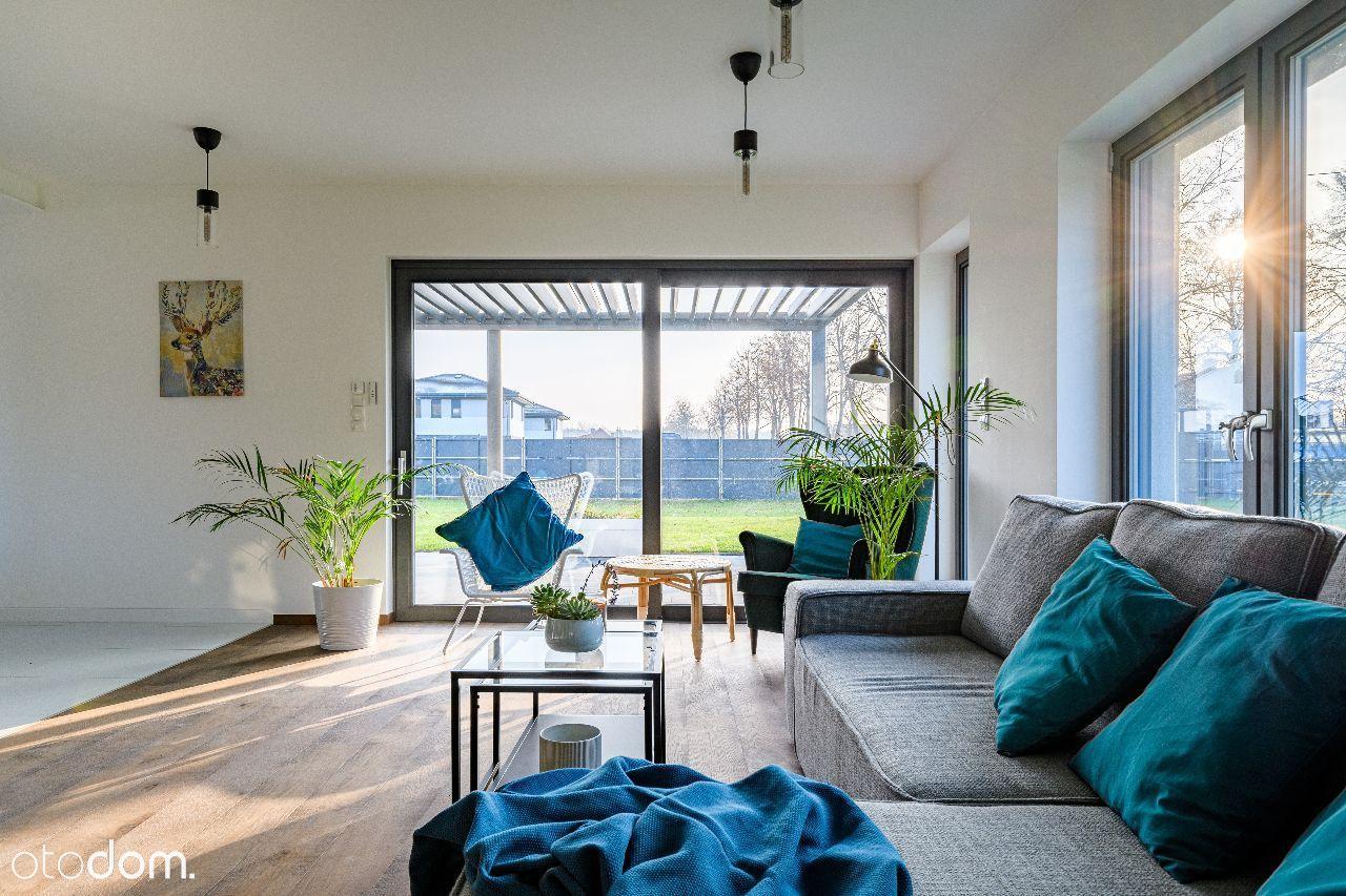 Częściowo wykończony idealny dom