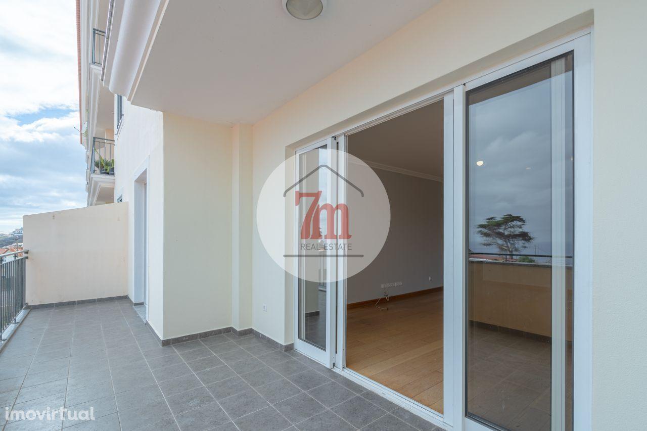 Apartamento T2 no Caniço Ref:F1508