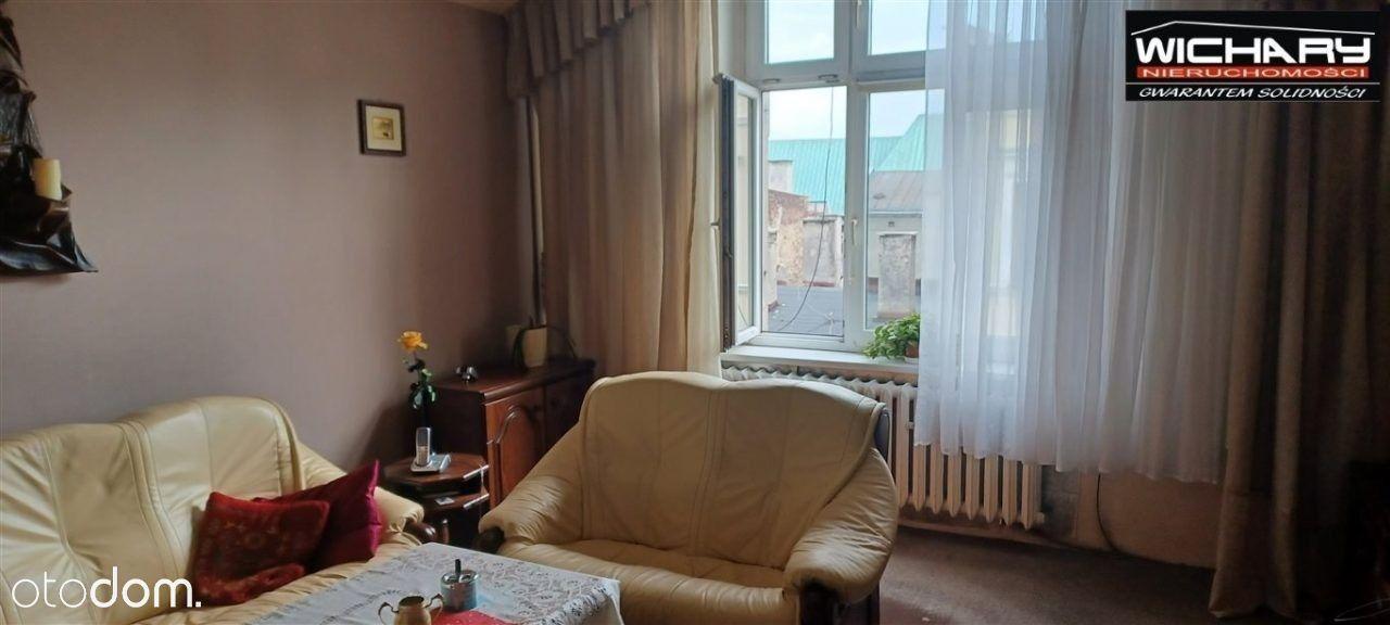 5-pokojowe mieszkanie w centrum Bytomia