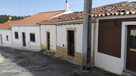 Casa térrea T2   Santo Aleixo da Restauração