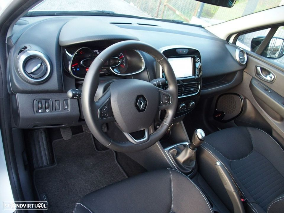 Renault Clio 1.5 Dci LIMITED GPS - 22