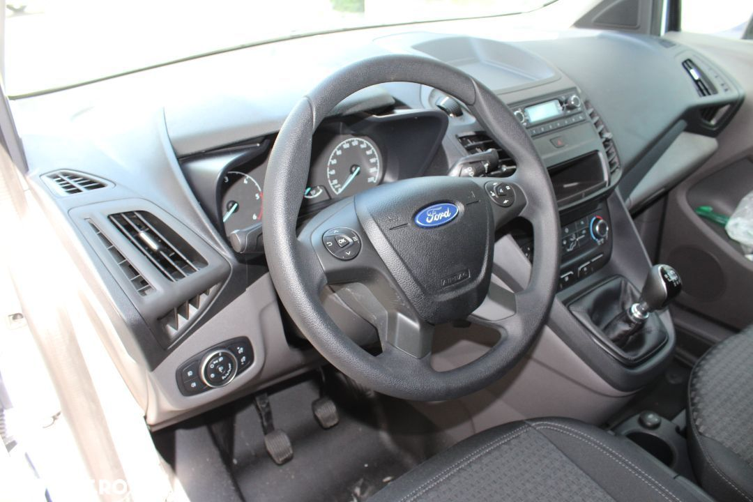 Ford Transit Connect - 19