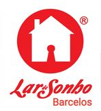 Este moradia para comprar está a ser divulgado por uma das mais dinâmicas agência imobiliária a operar em Lijó, Barcelos, Braga