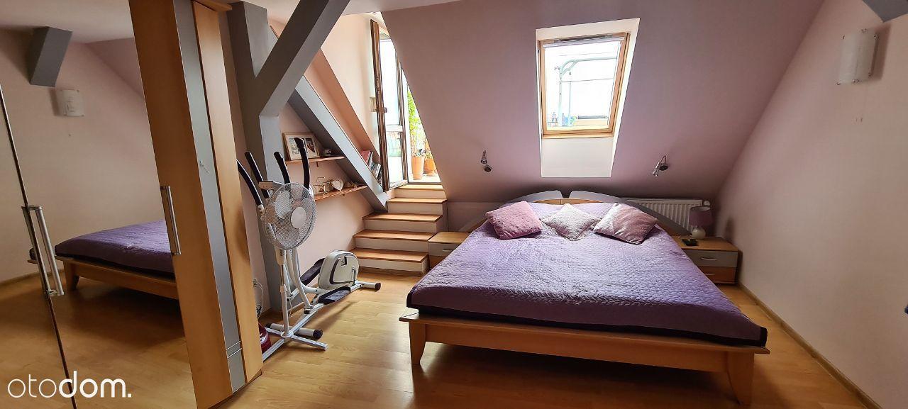 Komfortowe 3 pokojowe mieszkanie z dużym tarasem