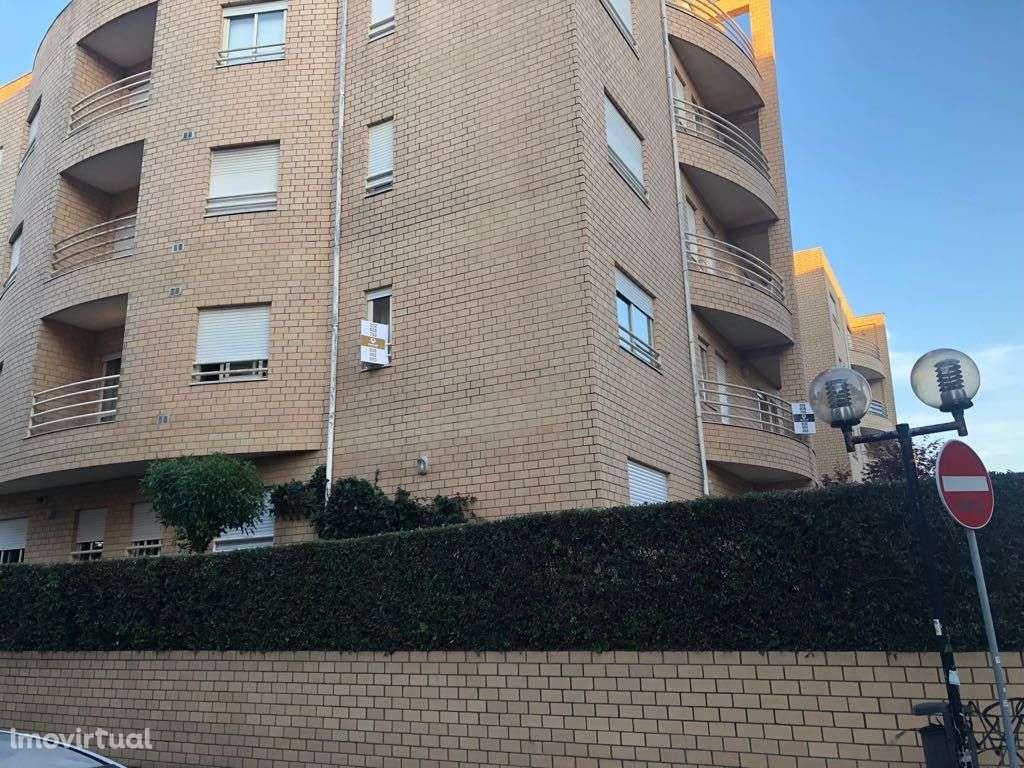 Apartamento para comprar, Rua Bartolomeu Dias, Vila do Conde - Foto 2