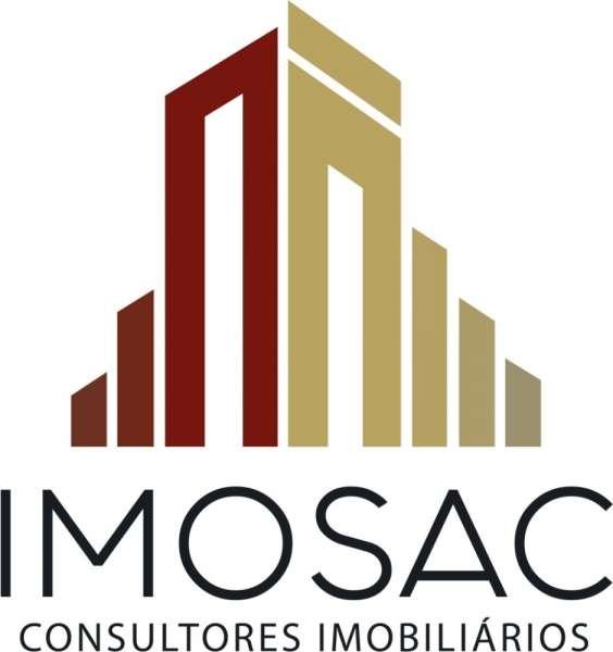 Este moradia para comprar está a ser divulgado por uma das mais dinâmicas agência imobiliária a operar em Azeitão (São Lourenço e São Simão), Setúbal