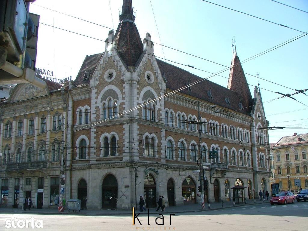 Apartament  trei camere  cladire istorica zona Palatul Széky