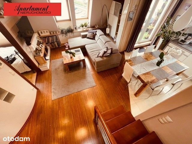 ładne dwupoziomowe mieszkanie