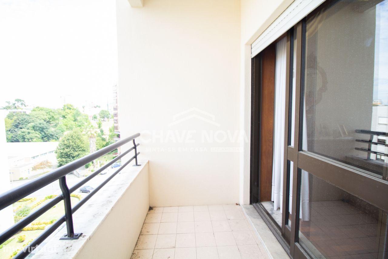 Apartamento T2+1 para venda próximo ao Linha Metro