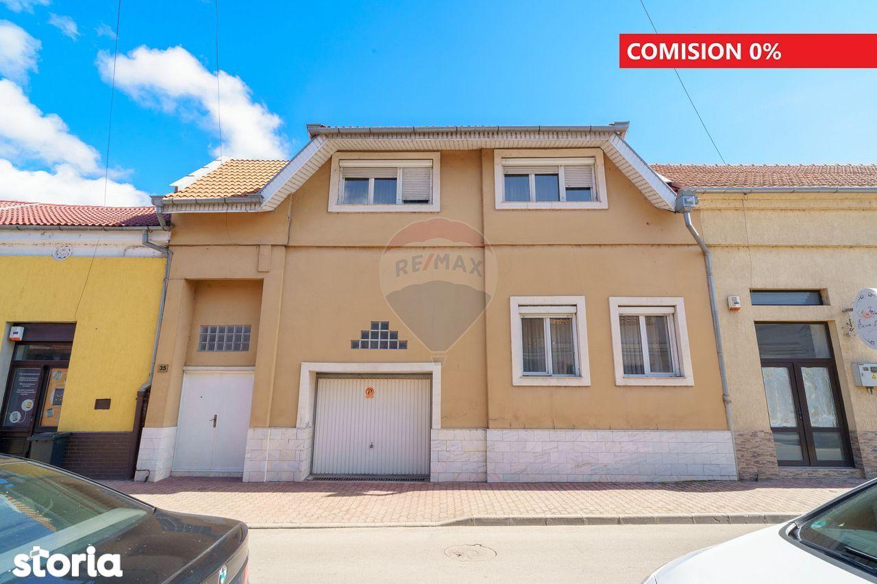 Ultracentral în Oradea, Casă Individuală cu Garaj pe Ady Endre 35