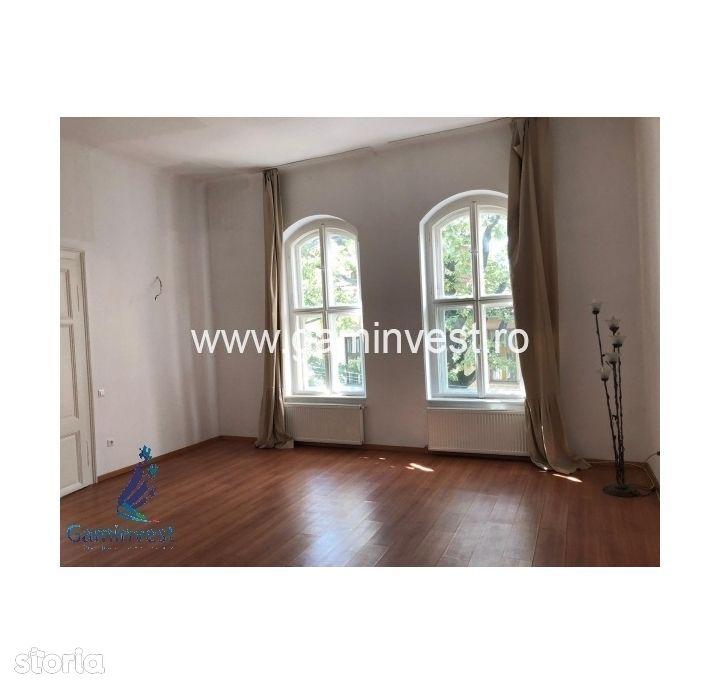 GAMINVEST-De vanzare apartament cu 3 camere, Oradea V2271