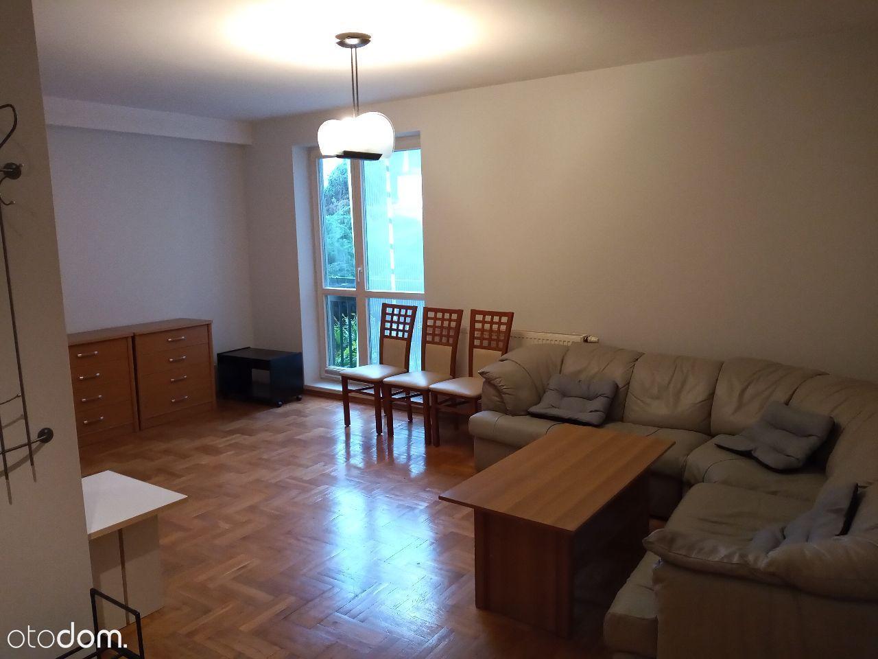 Duże mieszkanie, 3 pokoje, bezpośrednio, Nowodwory