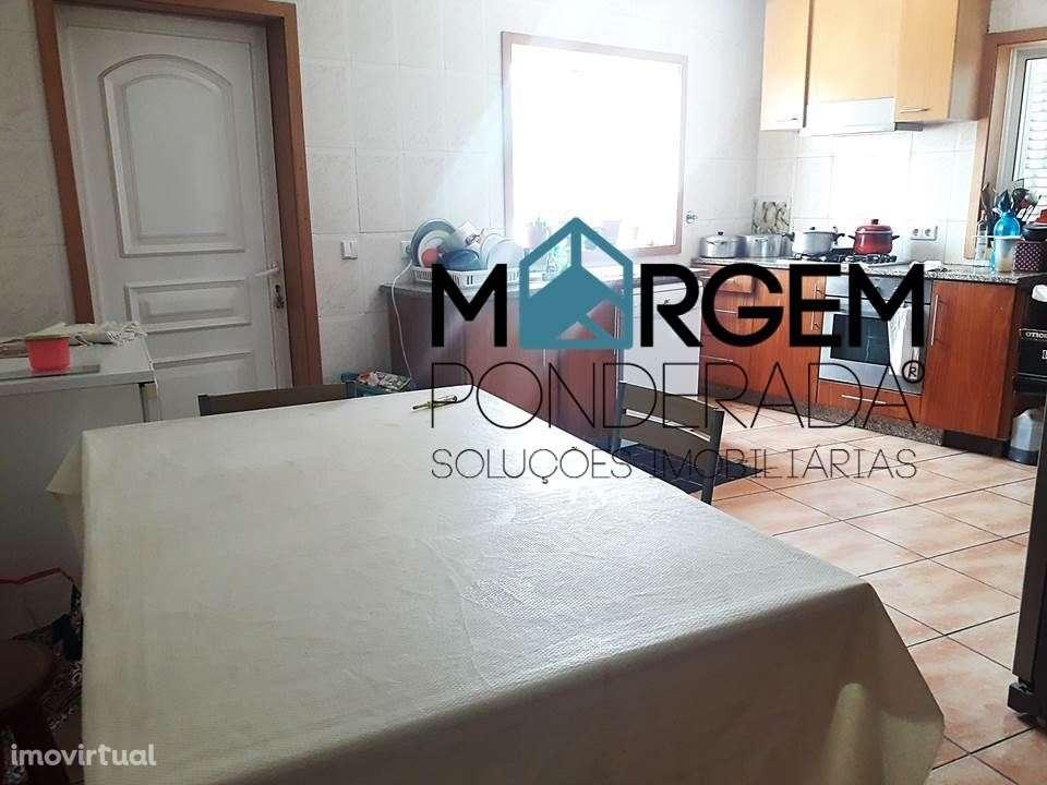 Moradia para comprar, Vila Nova de Famalicão e Calendário, Vila Nova de Famalicão, Braga - Foto 2