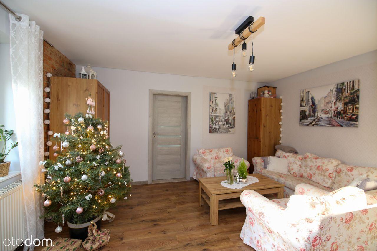 Na sprzedaż przestronne mieszkanie w Dusznikach!