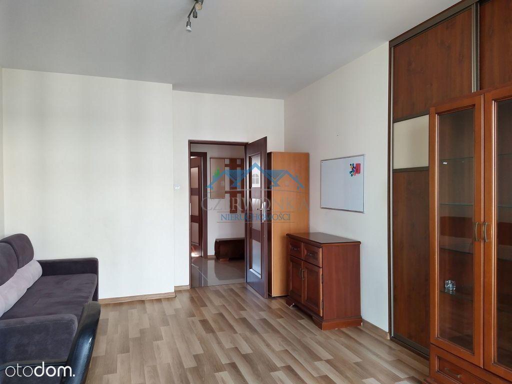 Trzypokojowe mieszkanie na ulicy Wileńskiej