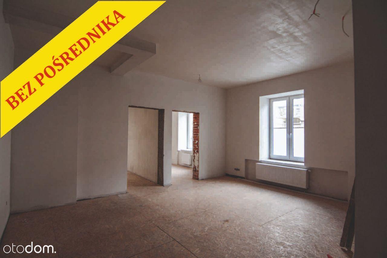 Centrum Kielc, odnowiona kamienica, bez pośrednika
