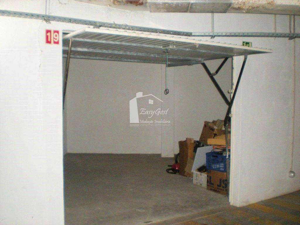 Garagem para comprar, Agualva e Mira-Sintra, Lisboa - Foto 2