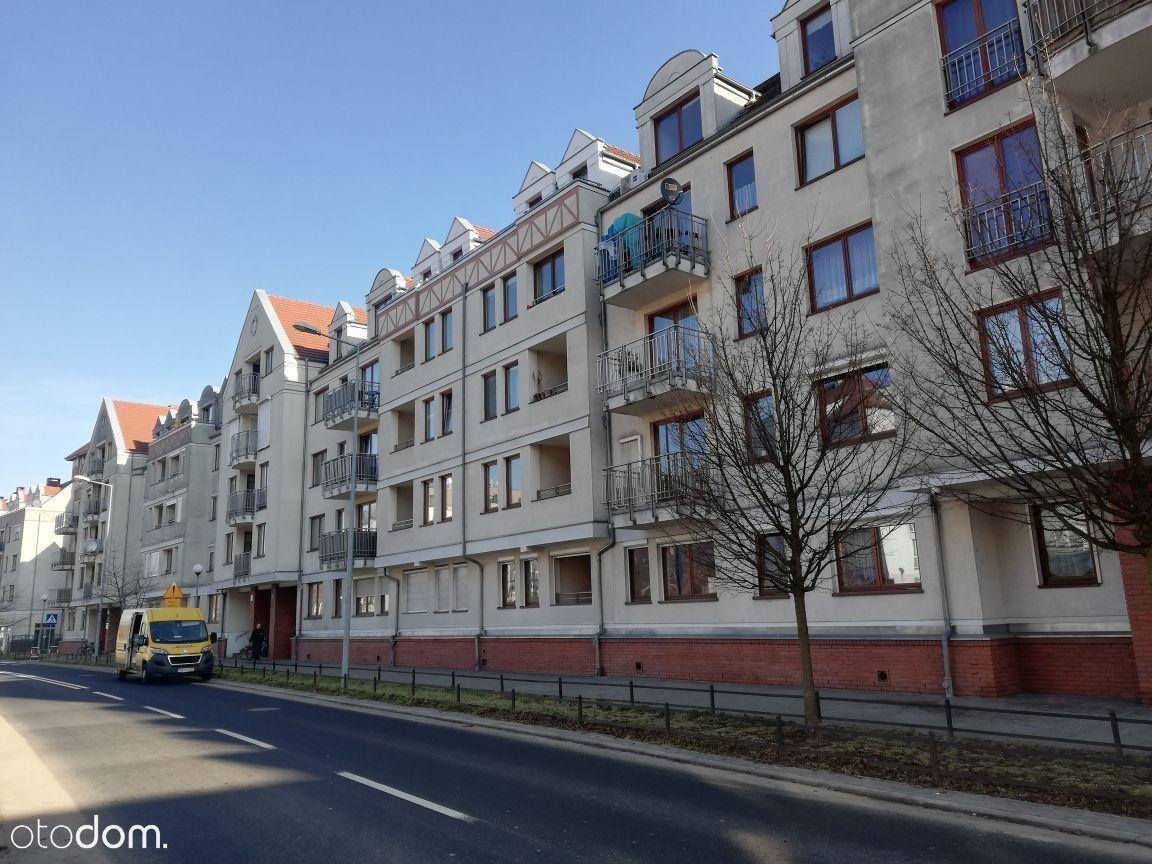 Lokal użytkowy, 77,79 m², Poznań