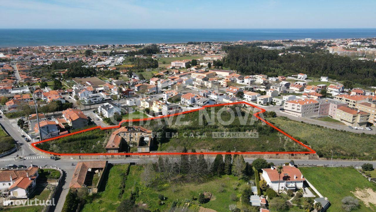 Moradia T6 Rustica em Arcozelo ruínas para reconstruir