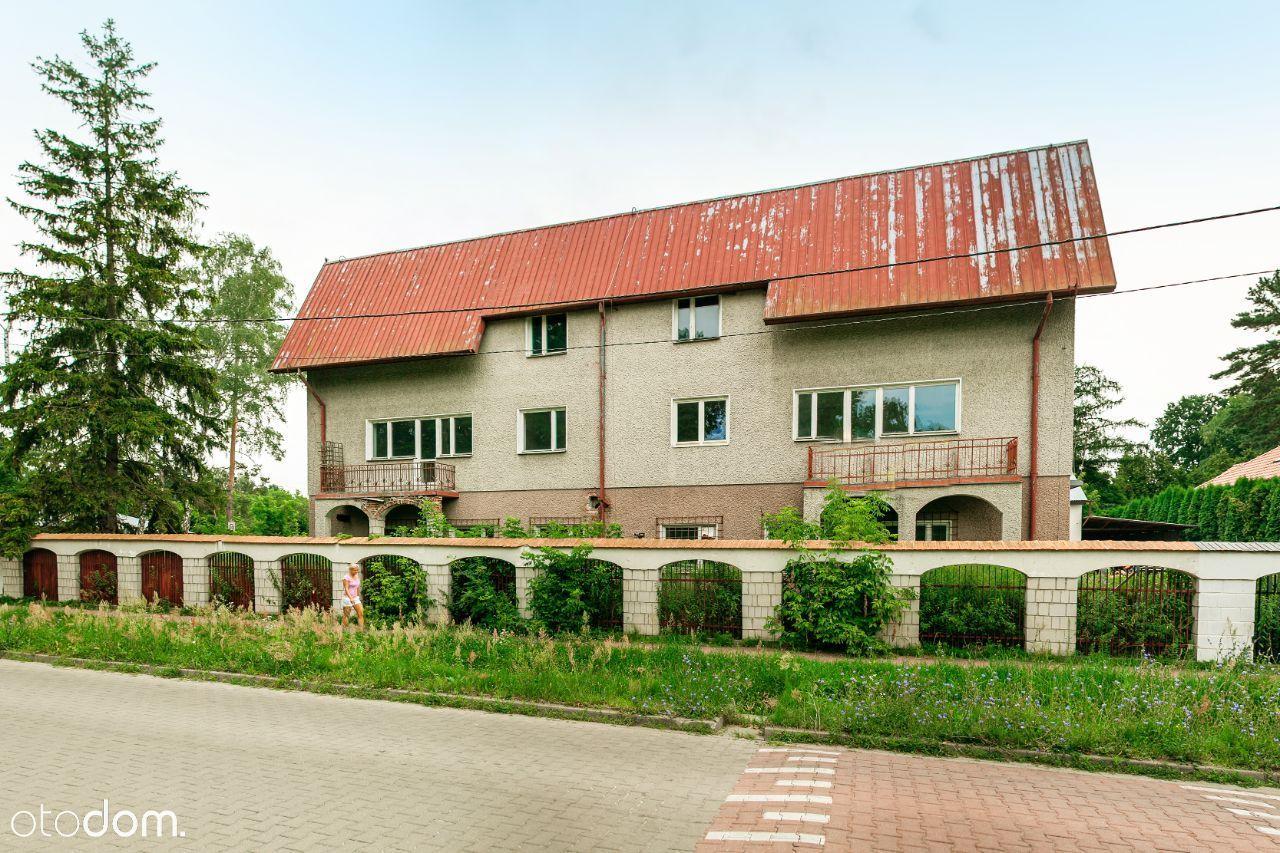 Hostel na sprzedażż o powierzchni 900m2 z działką